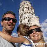 """Noi, la torre e mamma con l'""""antico vaso"""" in testa"""