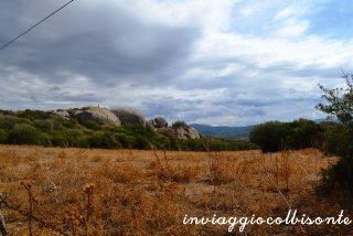 I fantastici paesaggi in cui è immerso il Parco Archeologico di Arzachena.