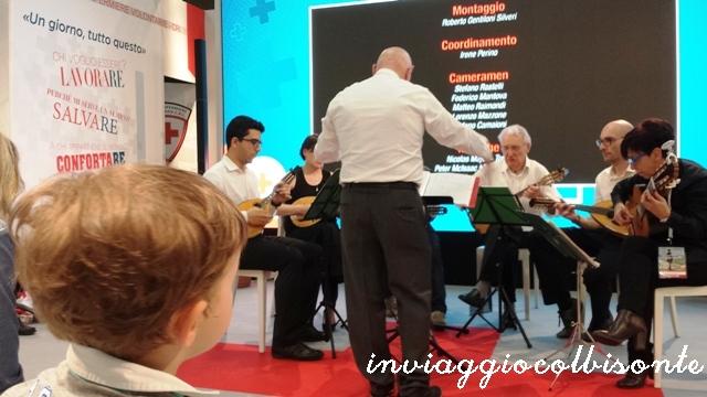 Salone del Libro di Torino con i bambini: concerto allo stand della CRI