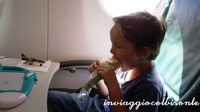 Battesimo del volo: mangio un panino
