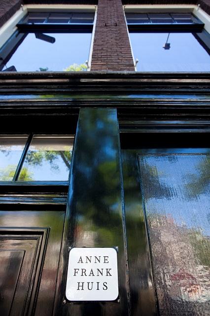 Casa di Anna Frank Con I Bambini